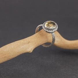 Srebrny pierścionek z cytrynem (rozm.15+)