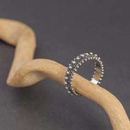Srebrny ozdobny pierścionek (rozm.19)