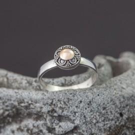 Srebrny pierścionek z odrobiną złota (rozm.10)