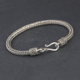 Srebrna bransoletka z ręcznie plecionego łańcucha