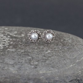 Srebrne sztyfty z perłami słodkowodnymi
