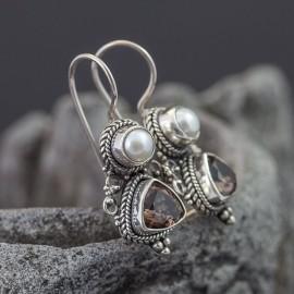 Srebrne kolczyki z perłą i kwarcem dymnym