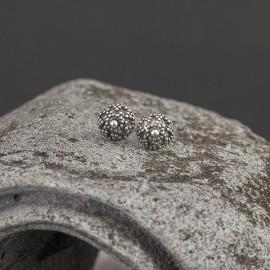 Srebrne ozdobne kolczyki - sztyfty