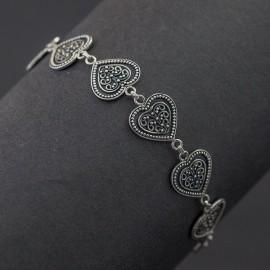 Srebrna bransoletka z sercami