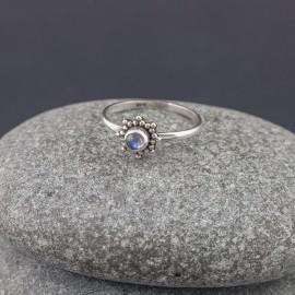 Srebrny pierścionek z labradorytem (rozm.14)