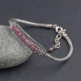 Srebrna bransoletka z kamieniami turmalinu