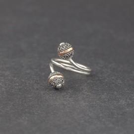 Srebrny pierścionek ze złotem 18K (rozm.16)