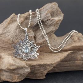 Srebrny naszyjnik z kwiatem lotosu i topazem