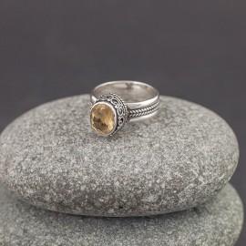 Srebrny pierścionek z cytrynem (rozm.12)