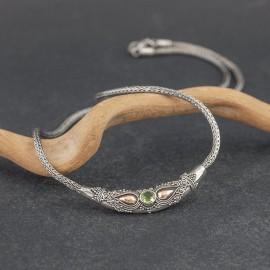 Srebrny naszyjnik z peridotem i złotem 18K