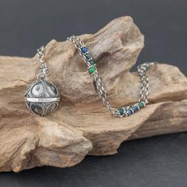 Srebrny naszyjnik z dzwoniącą kuleczką i azurytem