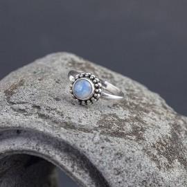 Srebrny pierścionek z labradorytem (rozm.12)