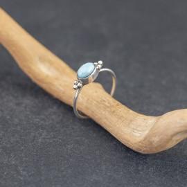 Srebrny pierścionek z larimarem (rozm.15)