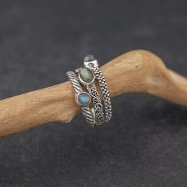 Srebrny pierścionek z kamieniami labradorytu (rozm.15)