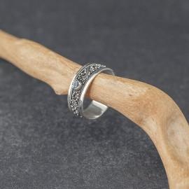 Srebrny pierścionek z błękitnym topazem (rozm.14, 16 i 17)