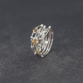 Srebrny pierścionek z kamieniami cytrynu (rozm.18)