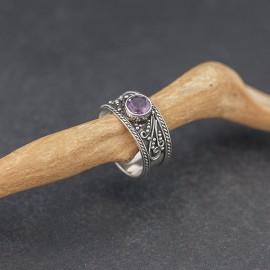 Srebrny pierścionek z ametystem (rozm.17)