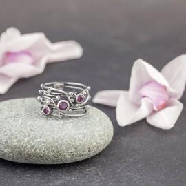 Srebrny pierścionek z rubinami (rozm.13)