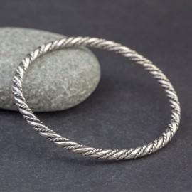 Srebrna, ręcznie pleciona bransoletka