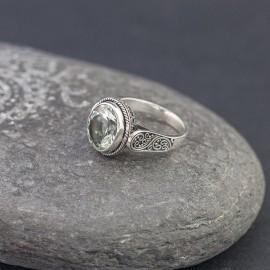 Srebrny pierścionek z zielonym ametystem (rozm.14)