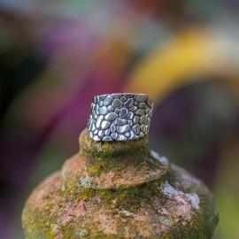 Srebrny ozdobny pierścionek (rozm.18)
