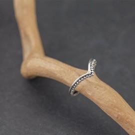 Srebrny pierścionek z kuleczkami (rozm.16)