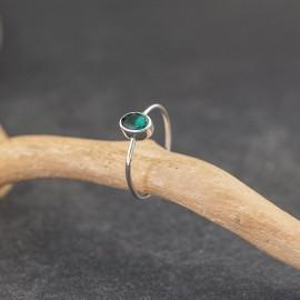 Srebrny pierścionek z kwarcem zielonym (rozm.15)