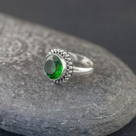 Srebrny pierścionek z obsydianem zielonym (rozm.19)