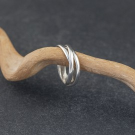 Srebrny potrójny pierścionek (rozm.16)