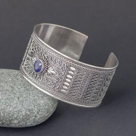 Srebrna bransoleta bangla z szafirem