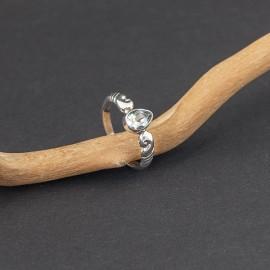 Srebrny pierścionek z błękitnym topazem (rozm.15)