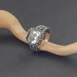 Srebrny pierścionek z zielonym ametystem (rozm.21)