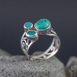 Srebrny pierścionek z turkusami (rozm.18)