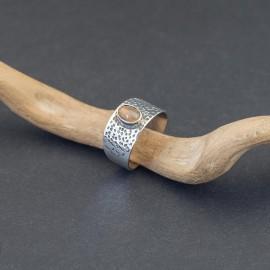 Srebrny pierścionek z opalem (rozm.15)