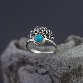 Srebrny pierścionek z turkusem (rozm.14)