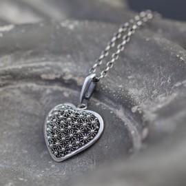 Srebrny wisiorek serce