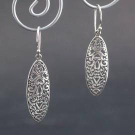 Ażurowe, pięknie zdobione kolczyki ze srebra