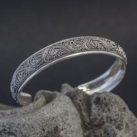 Srebrna bransoletka w balijskim stylu