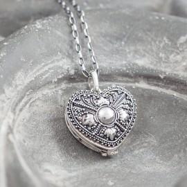 Srebrny sekretnik w kształcie serca